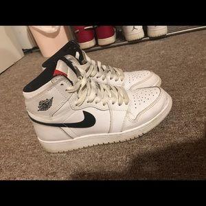 Air Jordan 1 'yin yan' black and white